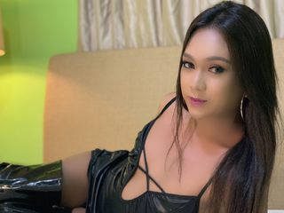 Trans Cams presents: AlyonnaLouiseTS - live chat