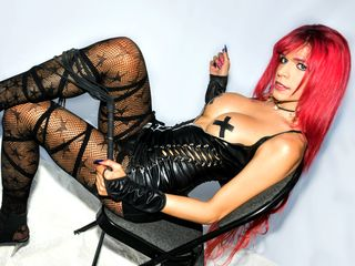 Trans Cams presents: AngelicaaRED - online chat