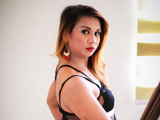 Ts Cams presents: BlackLadyTS - online chat