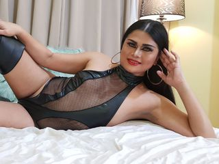 Trans Cams presents: GoddessXZafinaX - live chat