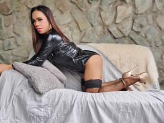 Ts Cams presents: YourLOVEtsX - live chat